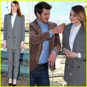 Andrew Garfield & Emma Stone's 'Spider-Man 2' Photo Call Pics Could Pass for a Postcard