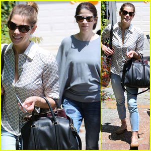Ashley Greene Grabs Lunch with Her Mom