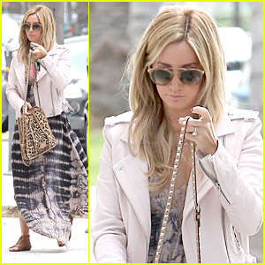 Ashley Tisdale Runs Errands After TBS Pilot Taping