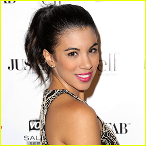 Chrissie Fit Joins 'Pitch Perfect 2'!