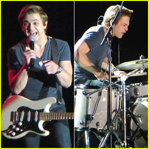 Hunter Hayes Presents $500k Check To Feeding America at ACM Pre-Party in Vegas