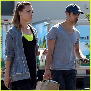 Joe Jonas Helps Fan Get Elected Student Council President!