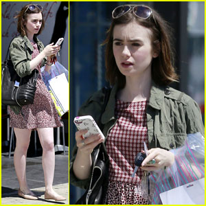 Lily Collins May Show Us 'How to Be Single'