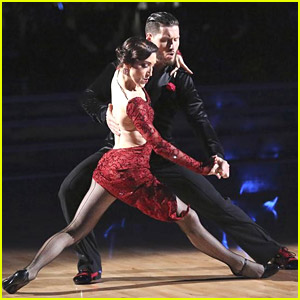 Meryl Davis & Val Chmerkovskiy Keep Wowing Us with Their 'DWTS' Argentine Tango - See The Pics!