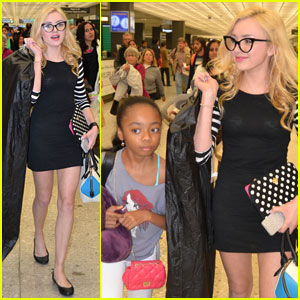 Peyton List & Skai Jackson Touch Down in D.C. Together!
