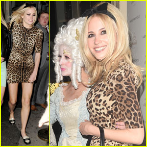 Pixie Lott: Leopard Print Princess for Busy Night Out in London!