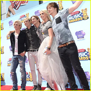 R5 Win Best Band at Radio Disney Music Awards 2014!