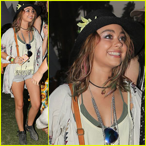 Sarah Hyland is Boho Chic at Coachella 2014!