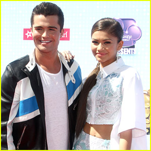 Zendaya & Spencer Boldman: New 'Zapped' Trailer - Watch Now!