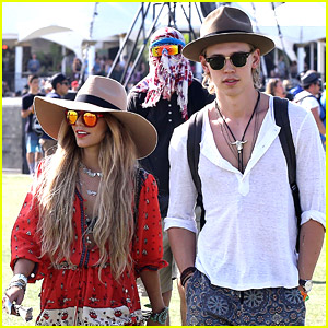 Vanessa Hudgens & Austin Butler: Hot Hat Couple at Coachella 2014