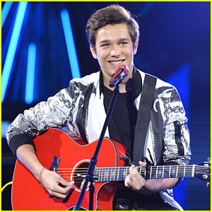 Austin Mahone Helps Billboard Launch Twitter Real-Time Charts