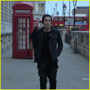 Austin Mahone Sightsees in London for New 'Shadow' Music Video - Watch Now!