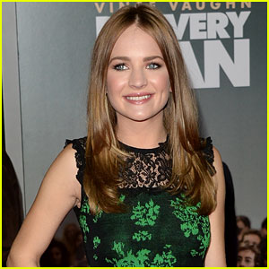 Britt Robertson Lands Lead in Film Adaptation of Nicholas Sparks' 'The Longest Ride'