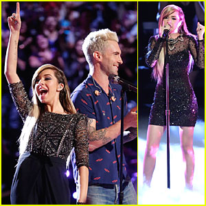 Christina Grimmie Helps Us Fall in Love on 'The Voice' - Watch Now!