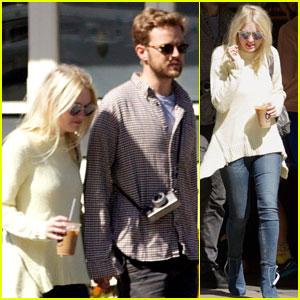 Dakota Fanning Reunites With Boyfriend Jamie Strachan After Returning to NYC