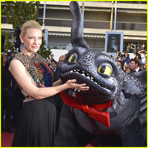 How To Train Your Dragon 2's Toothless Steals All The Attention at Cannes 2014
