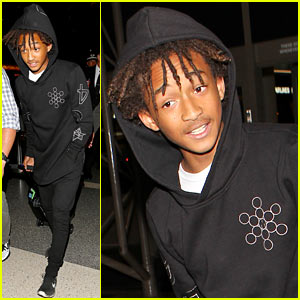 Jaden Smith Takes a Night Flight Out of LAX