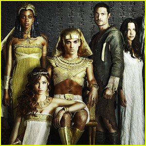 Kelsey Chow: First Look at New Fox Show 'Hieroglyph'!