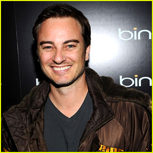 'The Fosters' Casts Callie's Dad - Kerr Smith!