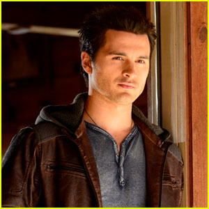 Vampire Diaries' Interview: Michael Malarkey on Enzo's 'Cold & Calculated' Quest to Kill Damon