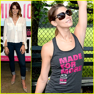 Ashley Greene Stretches Out for the Oakley Mini 10K