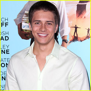 Billy Unger Supports Joey King at 'Wish I Was Here' Premiere