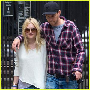 Dakota Fanning & Boyfriend Jamie Strachan are Inseparable in the Big Apple!