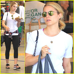 Who Knew? Dianna Agron Is A Boxing Fan