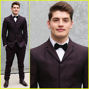 Gregg Sulkin Definitely Isn't 'Faking It' at Emporio Armani Fashion Show