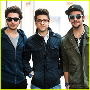 Il Volo Look Dapper While Out and About in Philadelphia