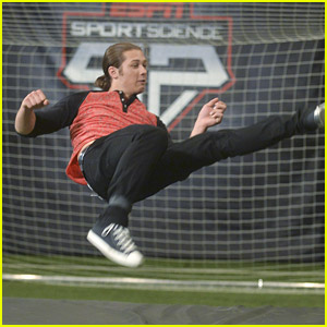 Leo Howard Breaks Down The Science of the World Cup in 'Disney XD ESPN Sport Science' Segment (JJJ Exclusive)!