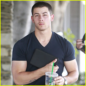 Nick Jonas Shows Off His Large Arm Muscles During a Coffee Run!
