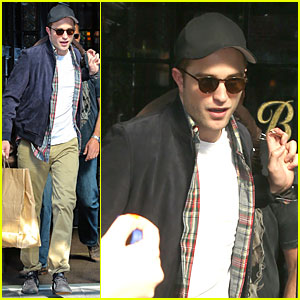 Robert Pattinson Had An Incredible Experience With 'Rover' Haircut!