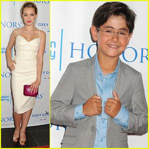 Sadie Calvano & Blake Garrett Rosenthal: 'Mom' Honored by Television Academy!