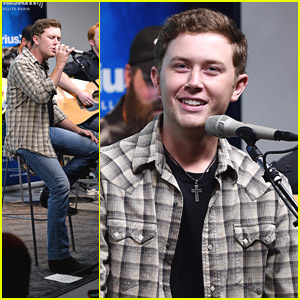 Scotty McCreery Gets Up Early For GAC's Breakfast During CMA Music Festival
