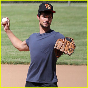 Taylor Lautner Throws a Perfect Pitch on the 'Run the Tide' Set!