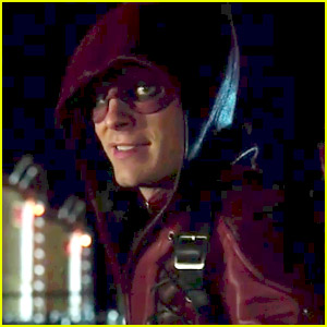Watch the First Look Trailer at 'Arrow' Season 3!