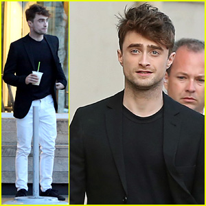 Daniel Radcliffe Cuts a Stranger's Hair on 'Jimmy Kimmel Live' - Watch Now!