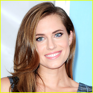 Allison Williams to Play Peter Pan in 'Peter Pan Live' for NBC!