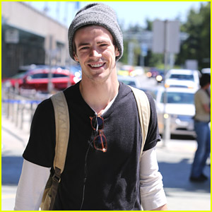 Grant Gustin Is Back In Vancouver In A 'Flash' After Comic-Con