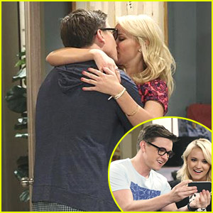 Jesse McCartney Is On 'Young & Hungry' Tonight! See The Pics!