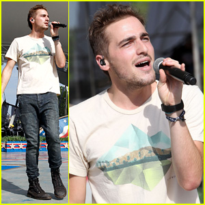 Kendall Schmidt Gets in an Early Morning Rehearsal for A Capitol Fourth 2014