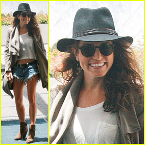 Nikki Reed Heads to Comic-Con & Shows Some PDA with Ian Somerhalder!
