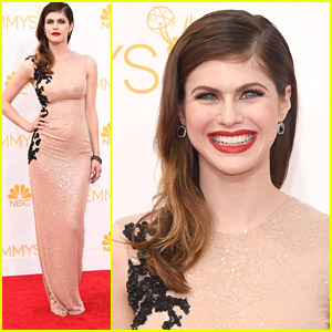 Alexandra Daddario Revives Old Hollywood Glamour at Emmy Awards 2014