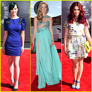 The Ladies of 'Awkward' Are Bursting With Color at MTV VMAs 2014