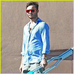 Ed Westwick Buys Crutches at Ride Aid