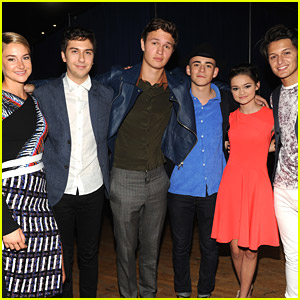 The 'Red Band Society' Meets 'Fault In Our Stars' Cast - See The Pics!