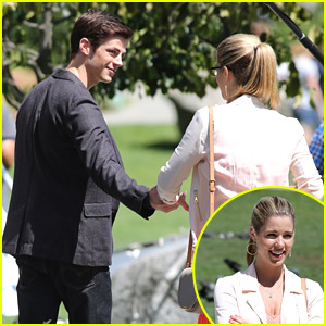 Emily Bett Rickards Visits STAR Labs With Grant Gustin [Flash/Arrow Crossover Pics!]