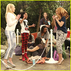 Debby Ryan's 'Jessie' Directed Episode Airs TONIGHT!