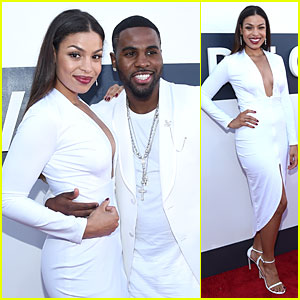 Jordin Sparks & Jason Derulo Wear Matching White at the MTV VMAs 2014!